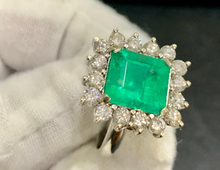 4 Carat Emerald Cut Colombian Emerald and Diamond Ring 14 Karat White Gold In Excellent Condition For Sale In Scarsdale, NY