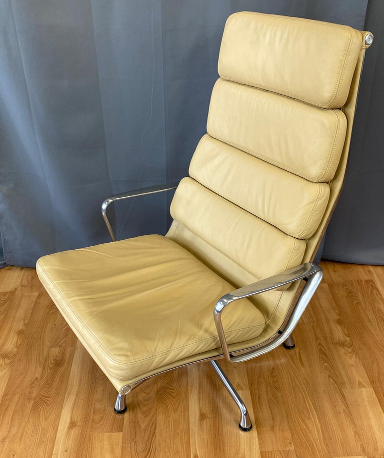 Mid-Century Modern 4 Cushion Eames Soft Pad Lounge Chair for Herman Miller in Leather