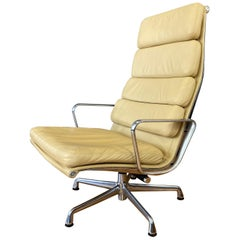 4 Cushion Eames Soft Pad Lounge Chair for Herman Miller in Leather