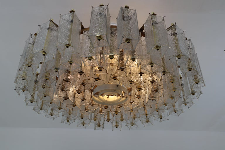 4 Extreme Large Midcentury Chandeliers in Structured Glass and Brass from Europe For Sale 11