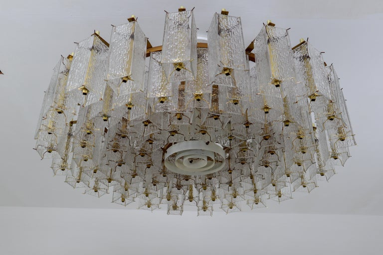 4 Extreme Large Midcentury Chandeliers in Structured Glass and Brass from Europe For Sale 2