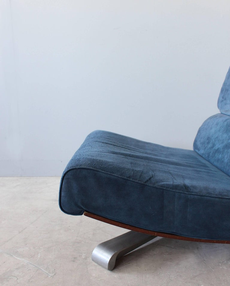 4 French 1970s Swivel Lounge Chairs For Sale 6