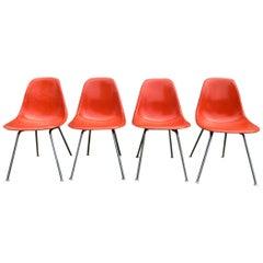 4 Herman Miller Eames Fiberglass Dining Chairs