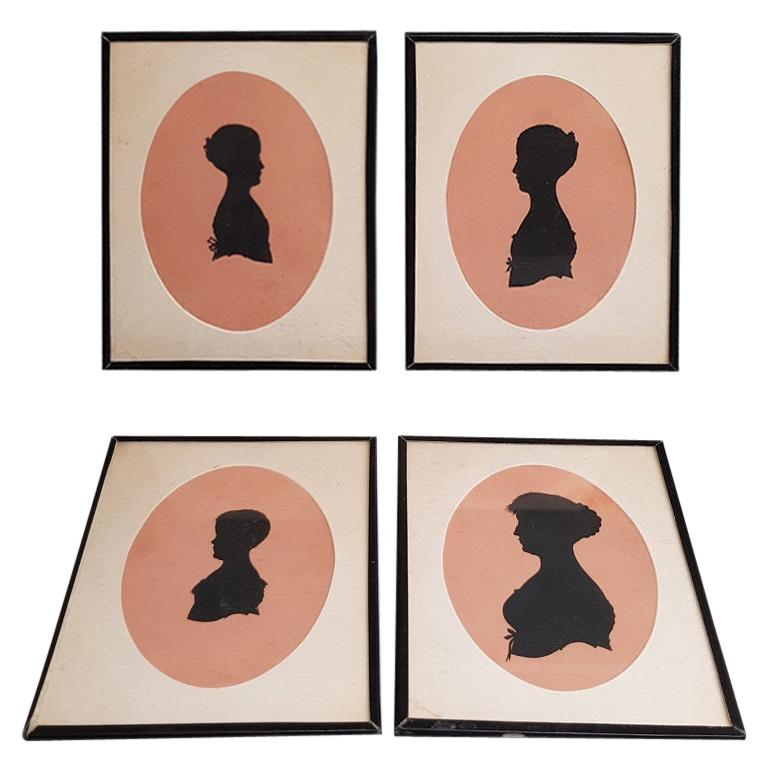 4 Mid-19th Century Miniature Silhouettes of Probably a Mother with Daughters For Sale