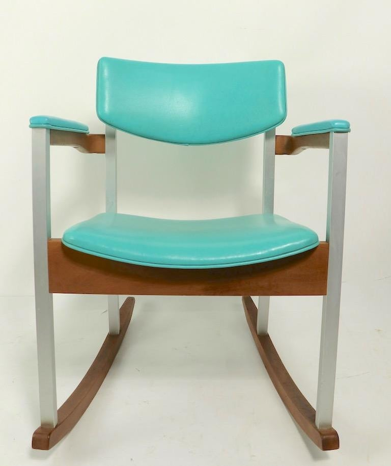 4 Mid Century Rocking Chairs by Thonet For Sale 5