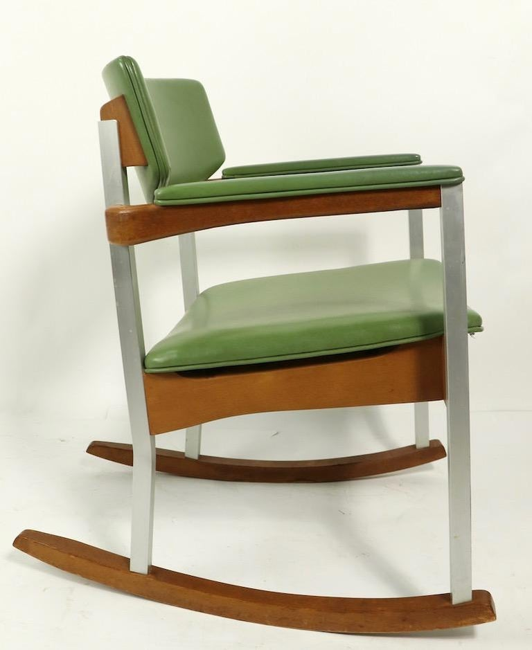 4 Mid Century Rocking Chairs by Thonet For Sale 7