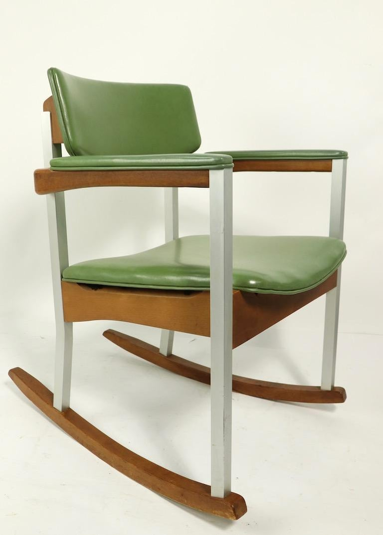 4 Mid Century Rocking Chairs by Thonet For Sale 8