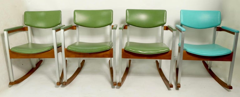 4 Mid Century Rocking Chairs by Thonet For Sale 11