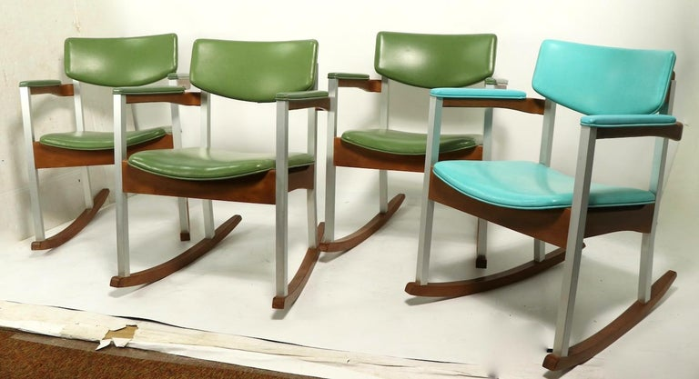4 Mid Century Rocking Chairs by Thonet For Sale 13