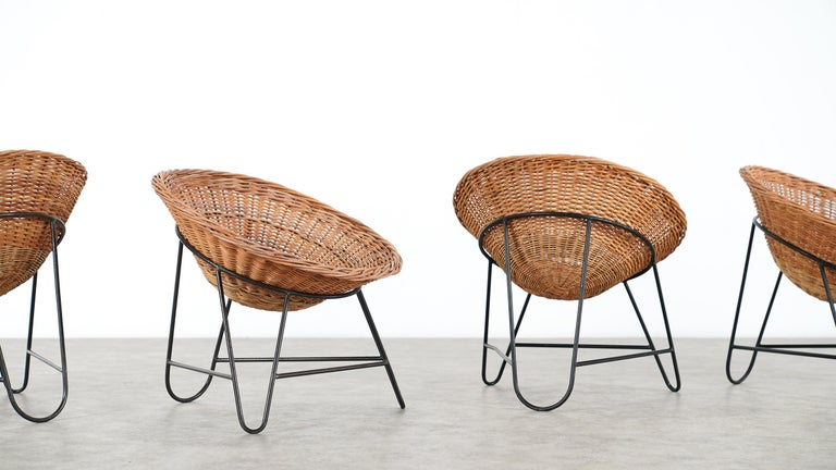 4 Modernist Wicker Chair in style of Mathieu Matégot circa 1950, France Tripod For Sale 4
