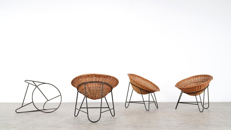 4 Modernist Wicker Chair in style of Mathieu Matégot circa 1950, France Tripod For Sale 5