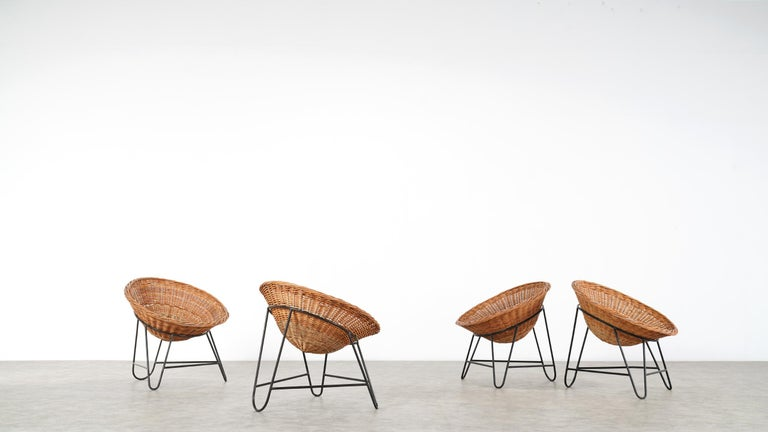 4 Modernist Wicker Chair in style of Mathieu Matégot circa 1950, France Tripod For Sale 10
