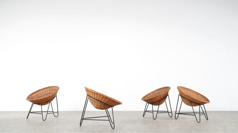4 Modernist Wicker Chair in style of Mathieu Matégot circa 1950, France Tripod For Sale 11