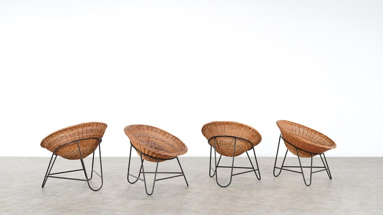 4 Modernist Wicker Chair in style of Mathieu Matégot circa 1950, France Tripod For Sale 1