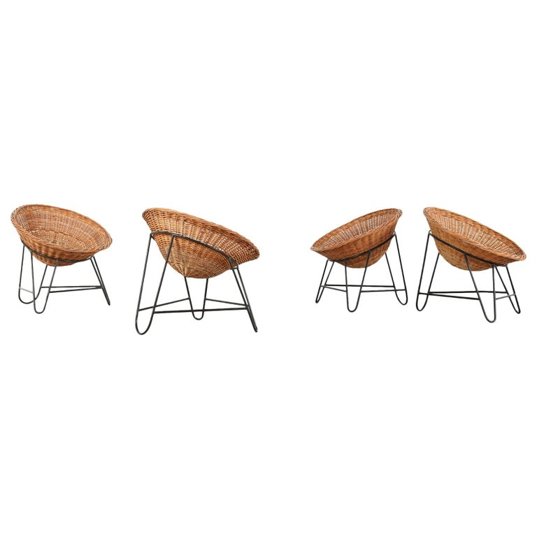 4 Modernist Wicker Chair in style of Mathieu Matégot circa 1950, France Tripod For Sale