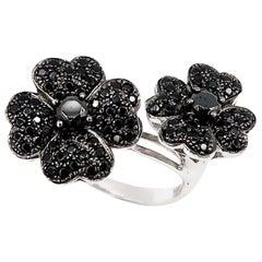 4-Petal Black Diamond Flowers Ring in 18 Karat Gold