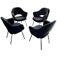 4 Saarinen Executive Chairs