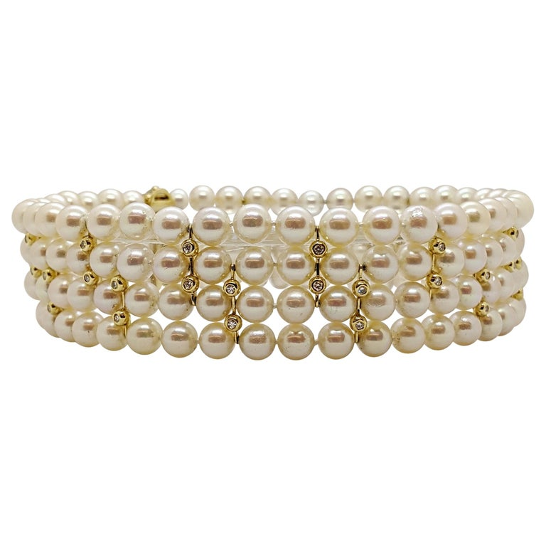 4 Strand AAA Japanese Cultured Pearl Choker with 18 Karat Gold and Diamonds For Sale