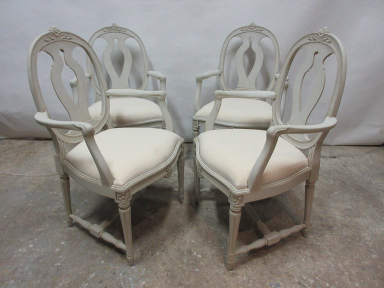 Set of 4 Swedish Gustavian Armchairs In Distressed Condition For Sale In Hollywood, FL