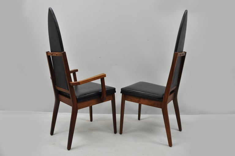 4 Tall Point Back Walnut Mid-Century Modern Dining Chairs after Adrian Pearsall In Good Condition For Sale In Philadelphia, PA