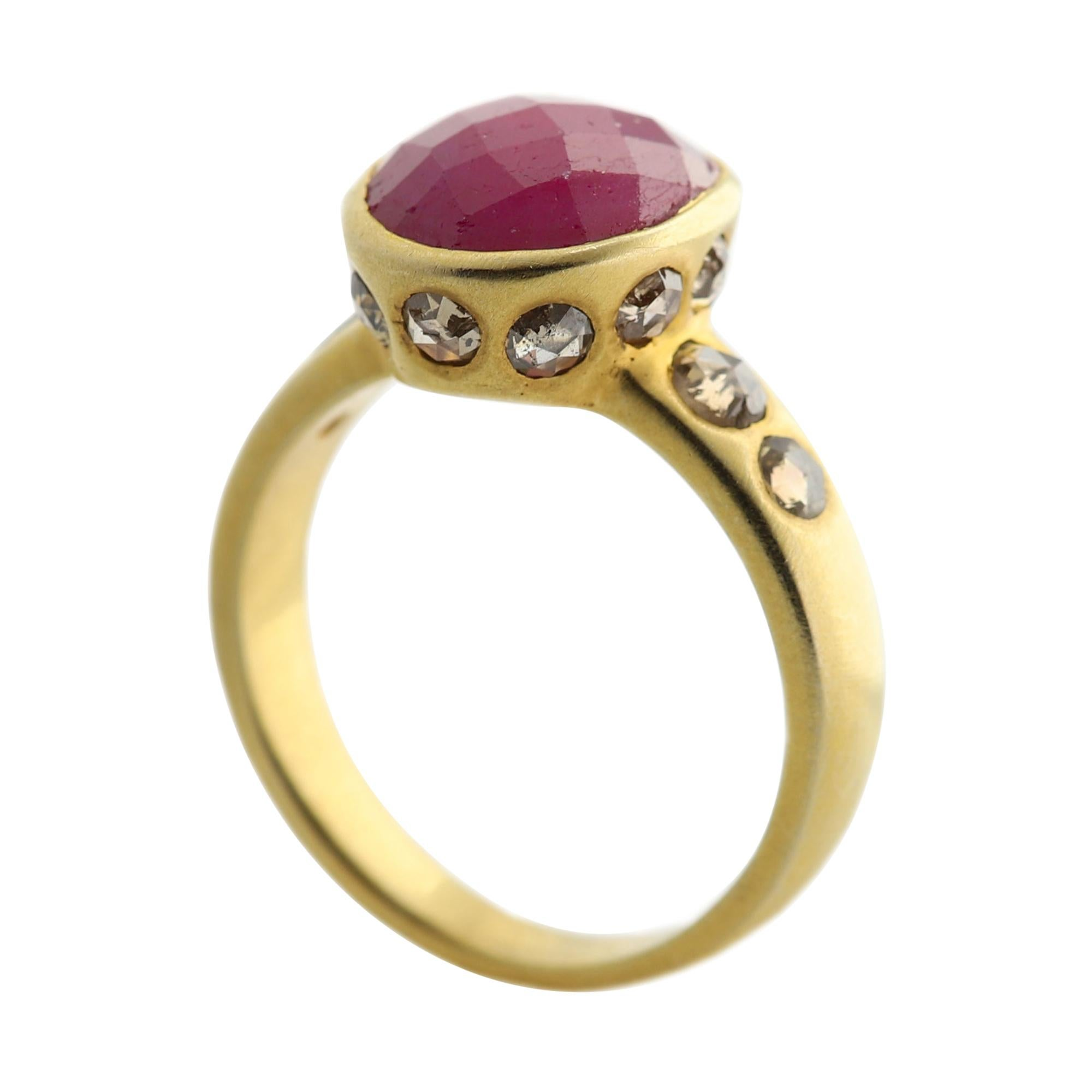 4.0 Ct Ruby Vintage Ring 18k Yellow Gold Oval Ruby & Old Cut Diamonds Ring