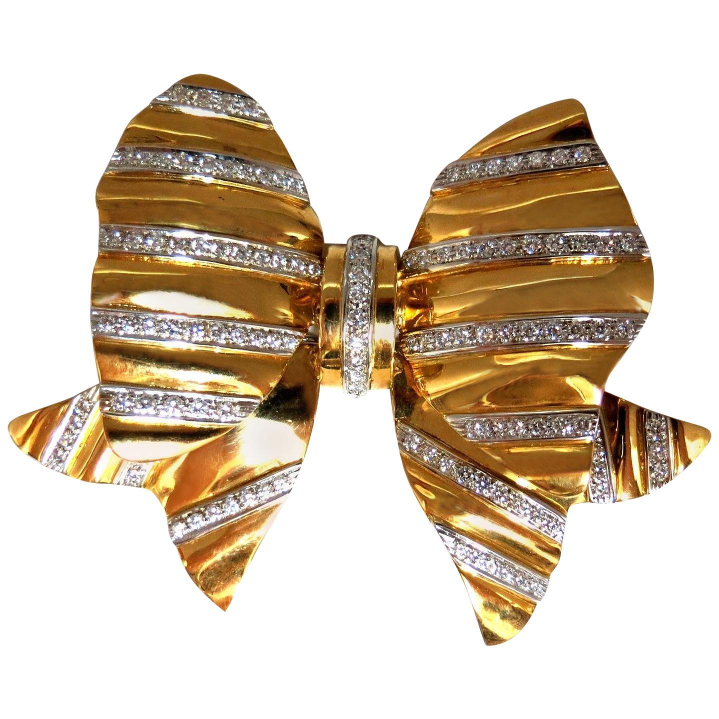 4.00 Carat Diamonds Large Sized Ribbon Pin 3D