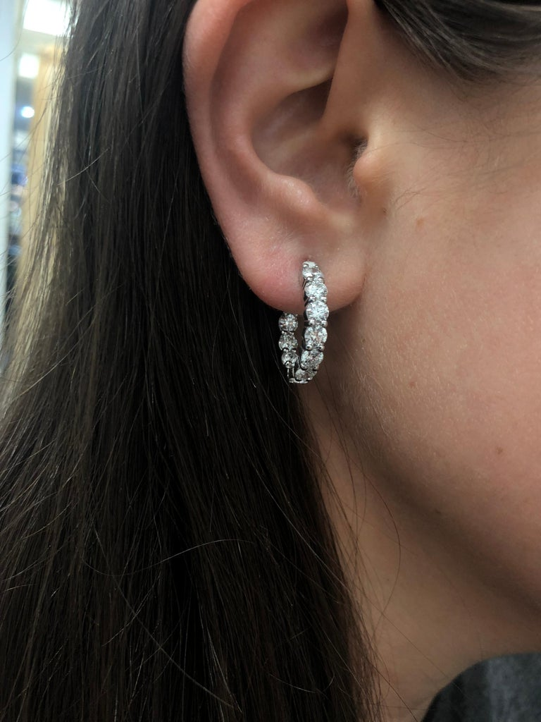 4.00 Carat Inside Out Diamond Hoop Earrings, 0.20 Carat Each In New Condition In New York, NY