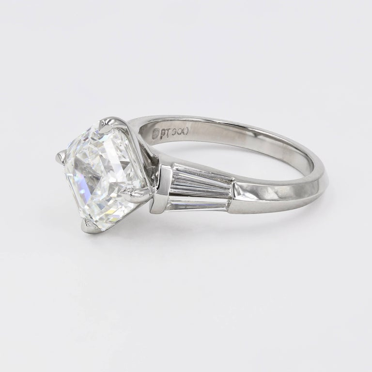 4.01 Carat Royal Asscher Cut Diamond Ring in Platinum, GIA Certified In New Condition For Sale In Chicago, IL