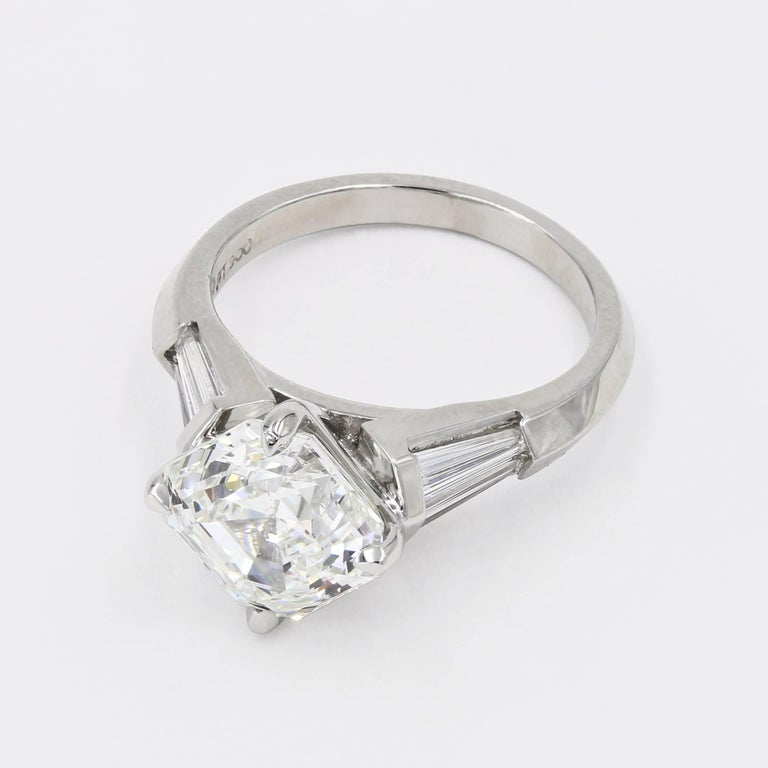 4.01 Carat Royal Asscher Cut Diamond Ring in Platinum, GIA Certified For Sale 1