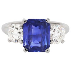 4.02 Carat Natural Unheated Sapphire and Diamond Three-Stone Platinum Ring