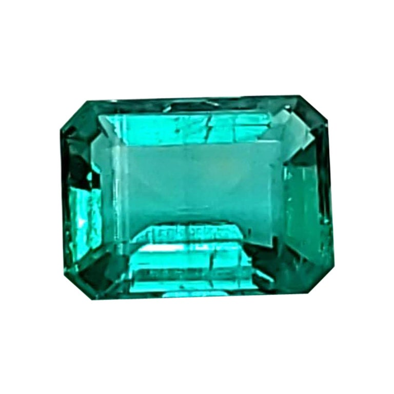 2.25 Carats GIA Certified Natural Colombian Emerald Precious Gemstone F1 For Sale