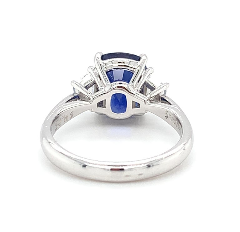 4.05 ct. Unheated Blue Sapphire GIA, Diamond, Platinum 3-Stone Engagement Ring  For Sale 3