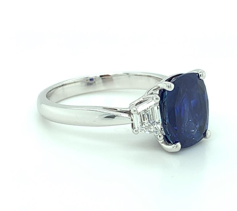 Women's 4.05 ct. Unheated Blue Sapphire GIA, Diamond, Platinum 3-Stone Engagement Ring  For Sale