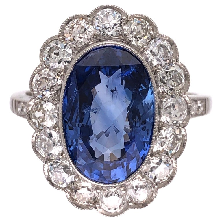 4.07 Carat No Heat Sapphire and Diamond Platinum Ring Estate Fine Jewelry For Sale