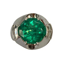 4.08 Carat Colombian Emerald and Diamond Ring