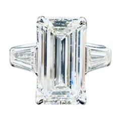 4.08 Carat Emerald Cut GIA Certified Platinum Engagement Ring with Baguettes