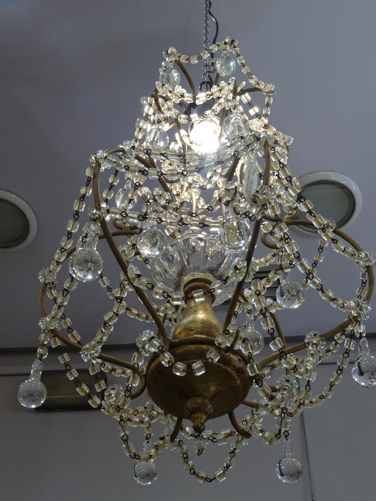 1940s Italian White Glass and Wood Louis XV Style Chandelier For Sale 8