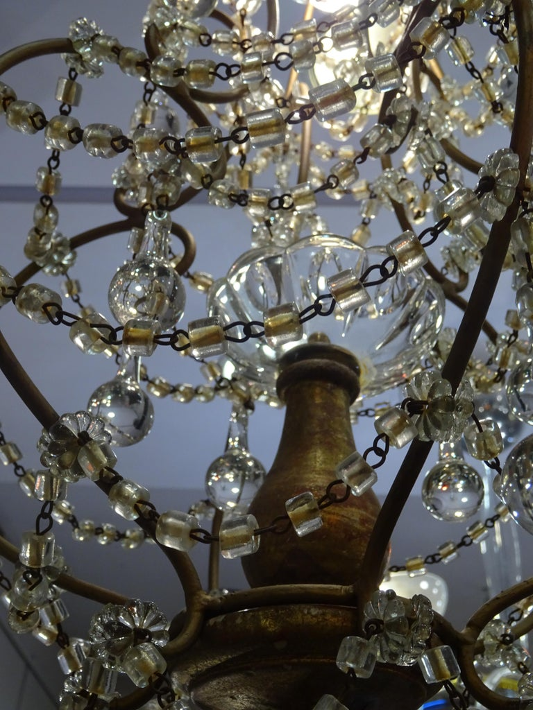 Mid-20th Century 1940s Italian White Glass and Wood Louis XV Style Chandelier For Sale