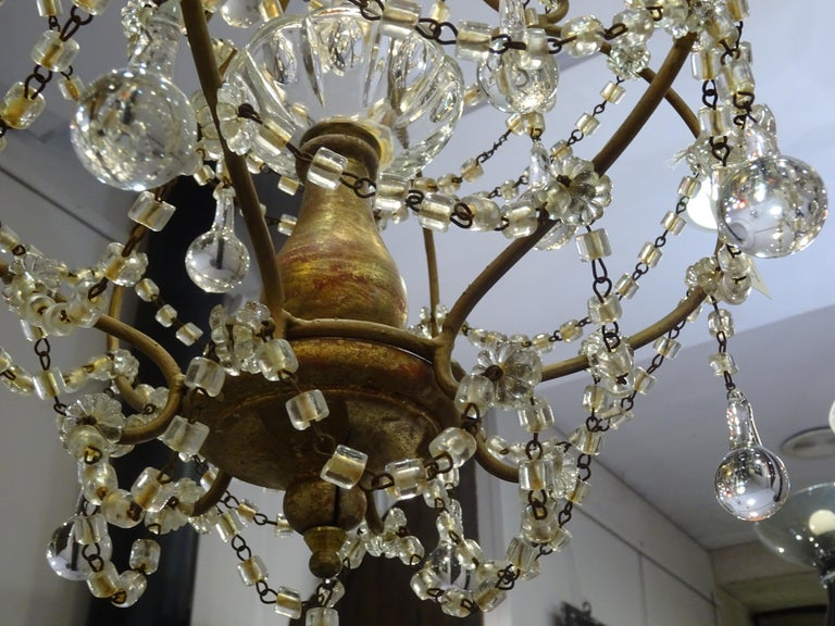 1940s Italian White Glass and Wood Louis XV Style Chandelier For Sale 2