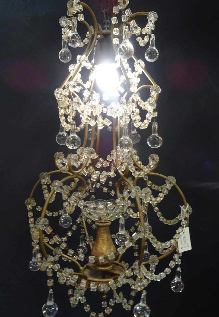 1940s Italian White Glass and Wood Louis XV Style Chandelier For Sale 4