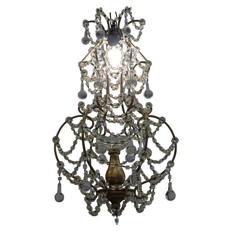 1940s Italian White Glass and Wood Louis XV Style Chandelier For Sale