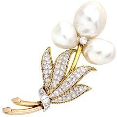4.10 Carat 14 Karat Yellow Gold Pearl Diamond Flower Brooch Signed TRIO