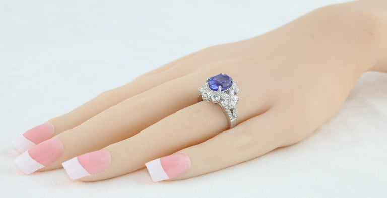 Women's 4.10 Carat Oval Tanzanite Diamond Gold Ring For Sale