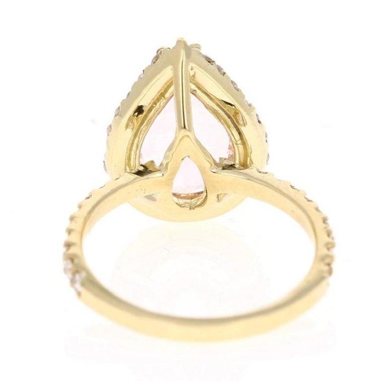 Pear Cut 4.12 Carat Morganite Diamond 18 Karat Yellow Gold Engagement Ring For Sale