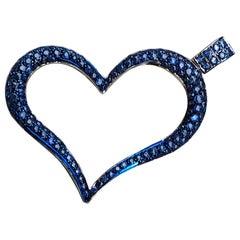4.20 Carat Natural Blue Sapphire 18 Karat Black White Gold Heart Pendant