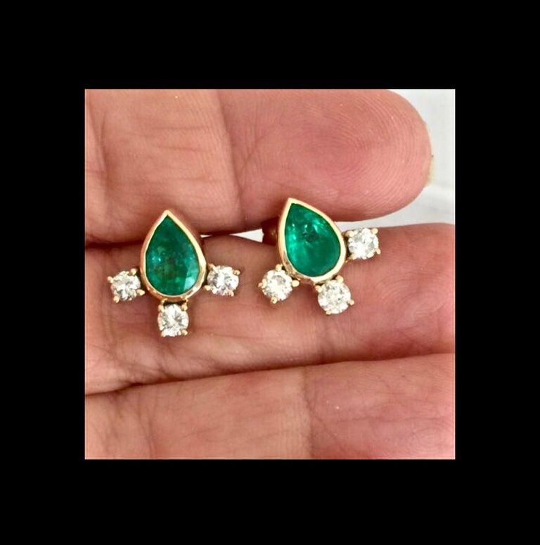 Contemporary Fine  Vibrant Green Colombian Emerald Pear Cut Diamond Earrings 18K For Sale