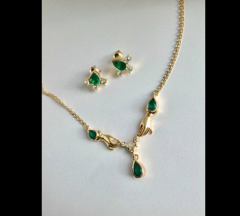 Fine  Vibrant Green Colombian Emerald Pear Cut Diamond Earrings 18K For Sale 1