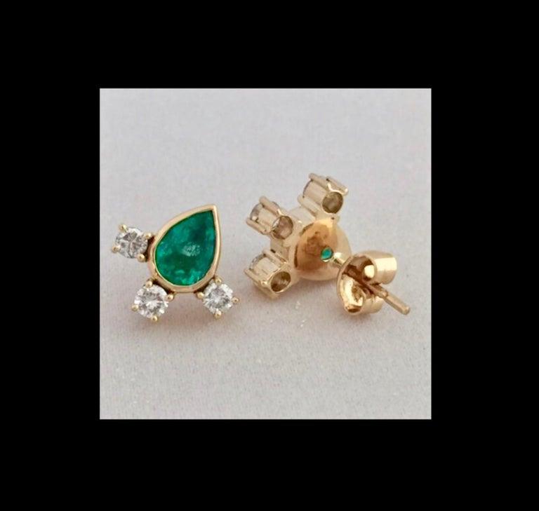Fine  Vibrant Green Colombian Emerald Pear Cut Diamond Earrings 18K For Sale 3