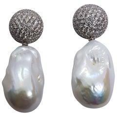 4.22 Carat White Diamond Freshwater Pearl Detachable Earrings