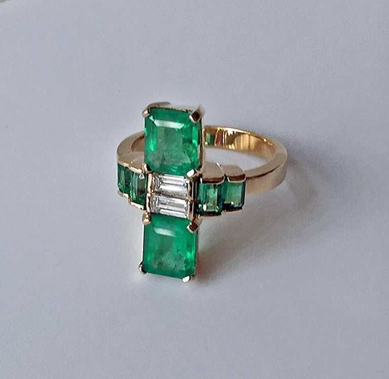4.24 Carat Fine Colombian Emerald Diamond Art Deco Style Ring 18K In New Condition For Sale In Brunswick, ME